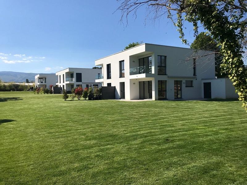 GLAND – Villa moderne à deux pas du lac CHF 4'900.-